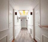 Magnifique II hall upper deck